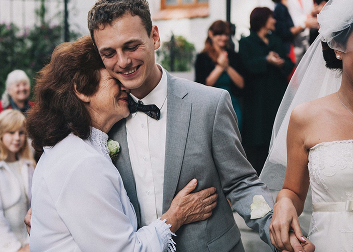 Интересные идеи для свадебных снимков с родственниками