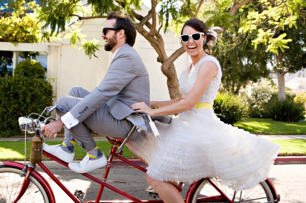 Свадебная фотосессия на велосипеде.