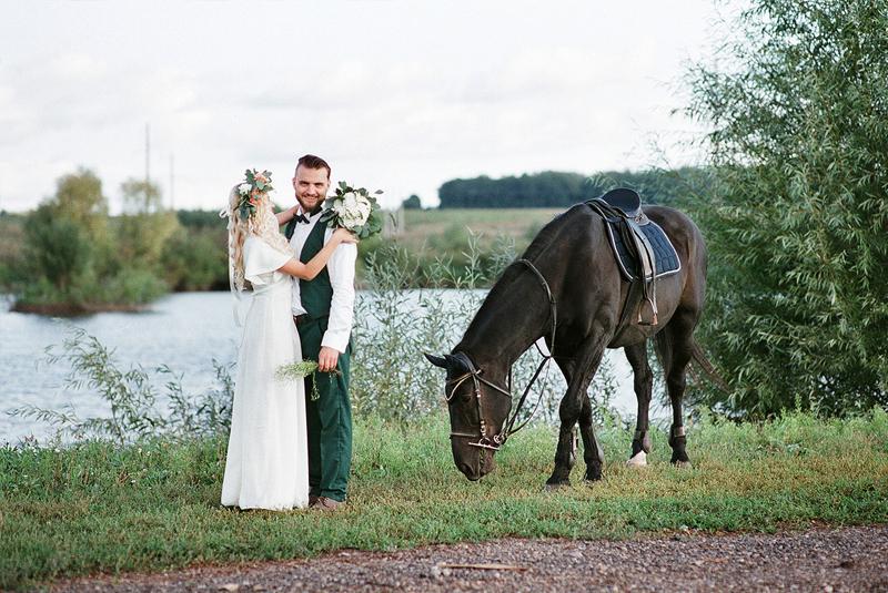 лошадь на свадьбу