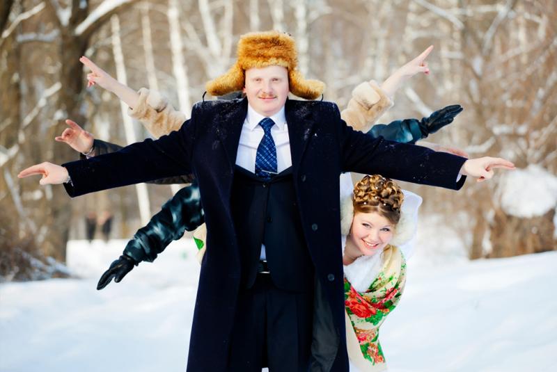 красная свадьба зимой