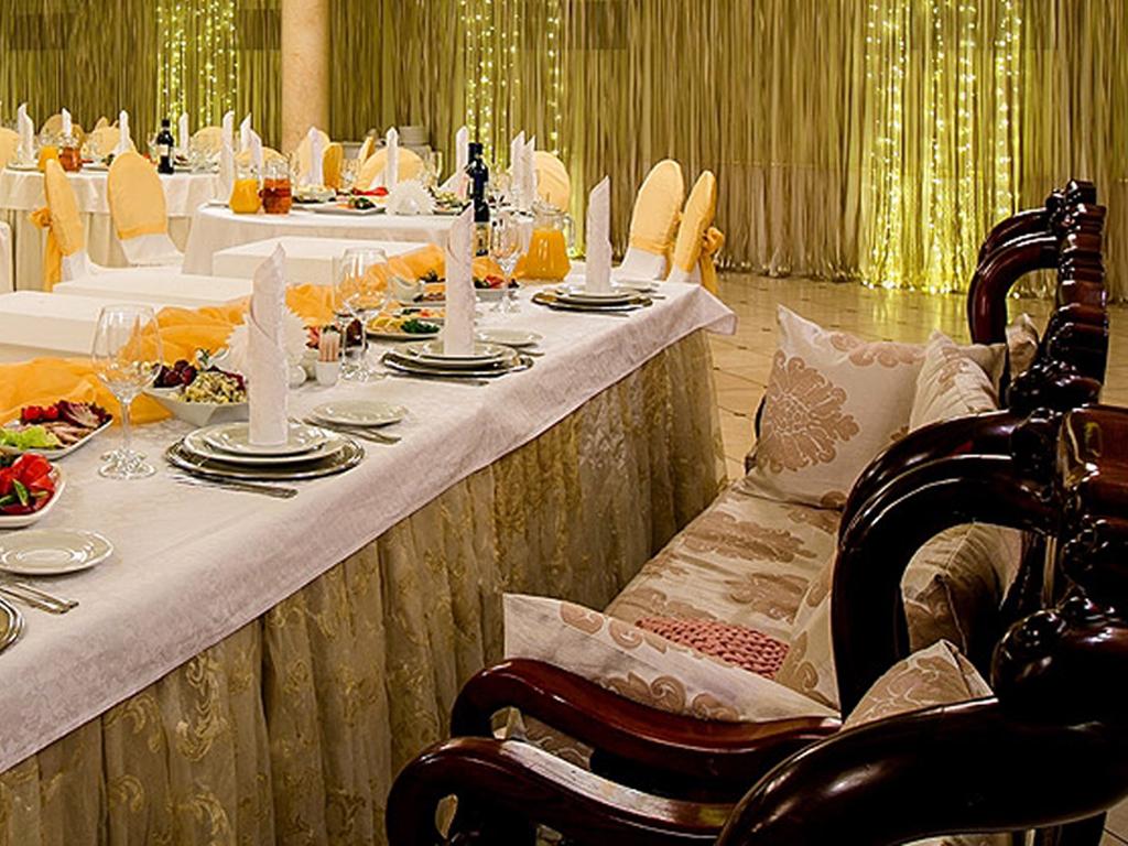 Как выбрать подходящий банкетный зал свадьба