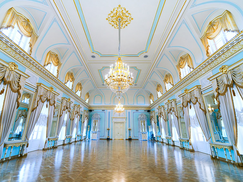 Банкетные залы Константиновского дворца