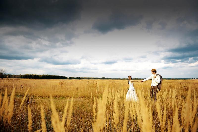 наряд для свадьбы осенью