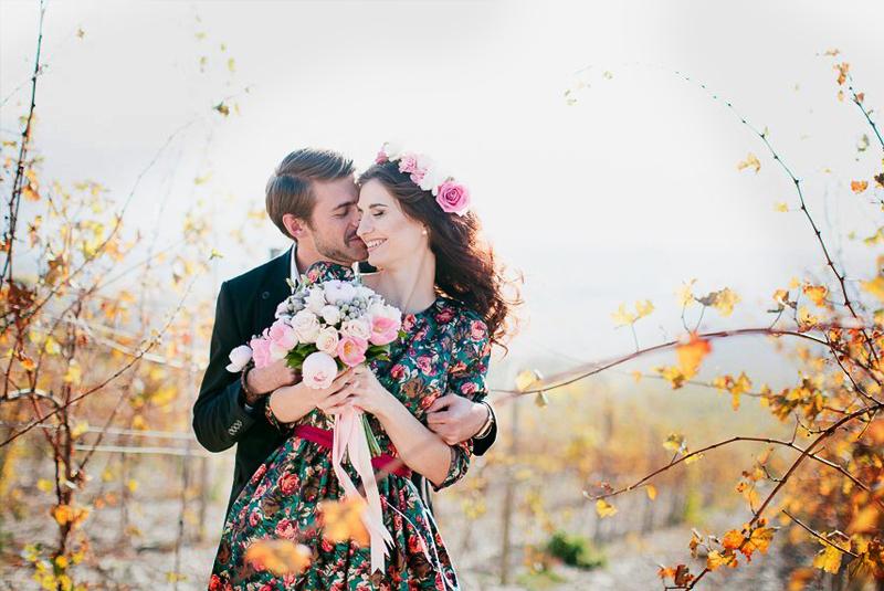 что одеть на свадьбу осенью девушке