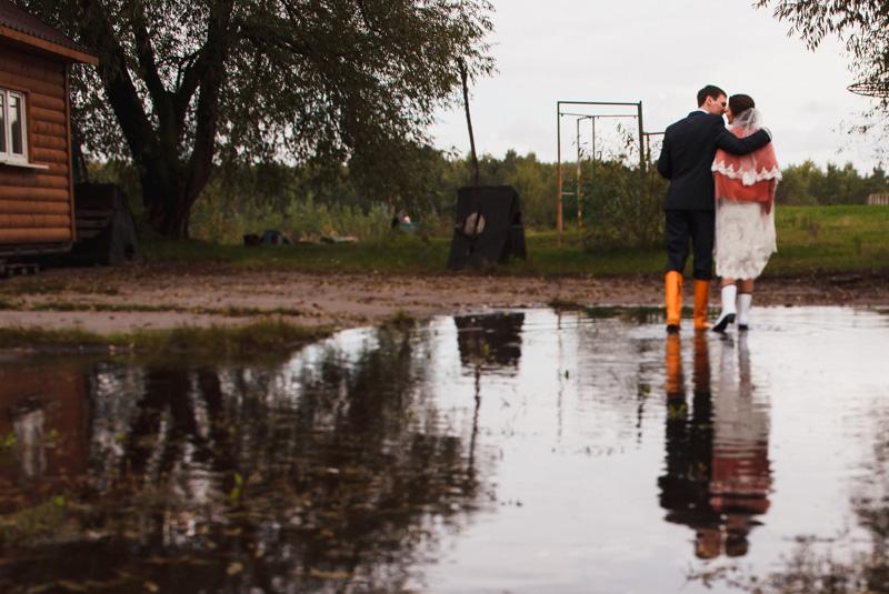 как одеться на свадьбу осенью гостям