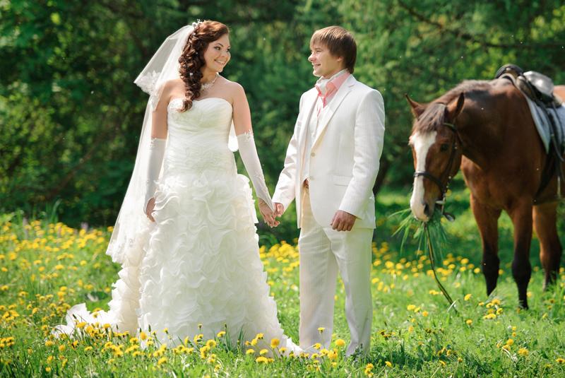 что одеть на свадьбу весной девушке