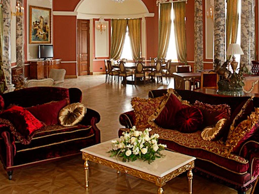 Подборка лучших отелей Санкт-Петербурга для свадьбы
