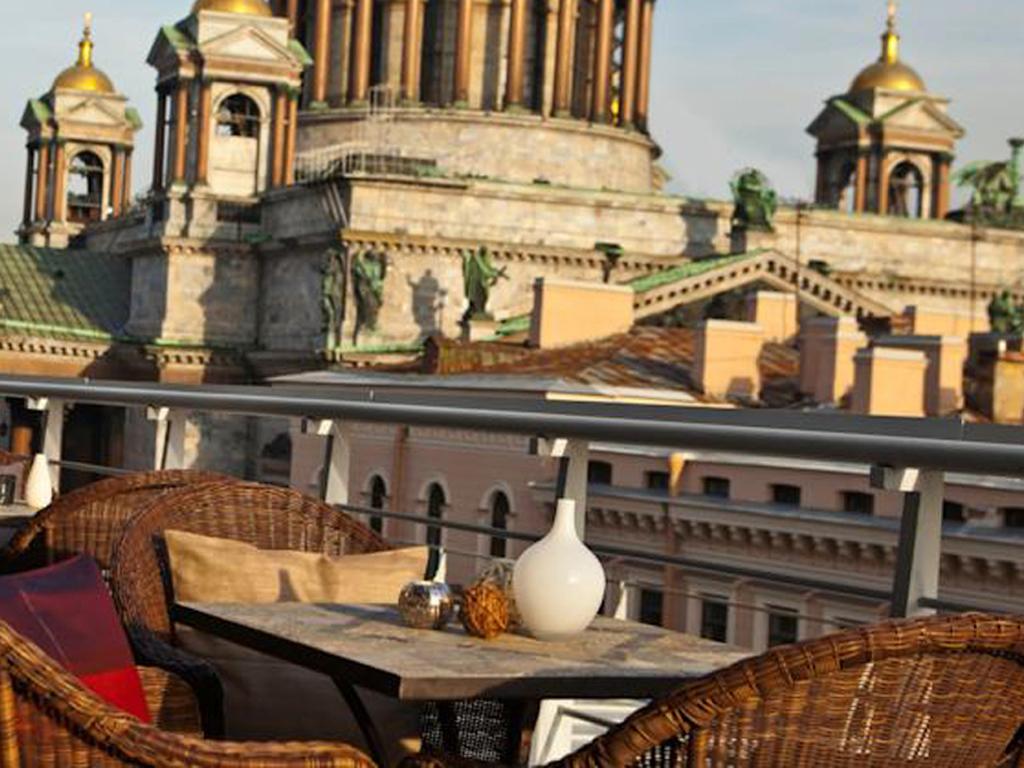 Отель Санкт-Петербург Ренессанс